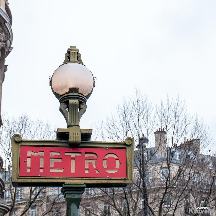Metro in Parijs